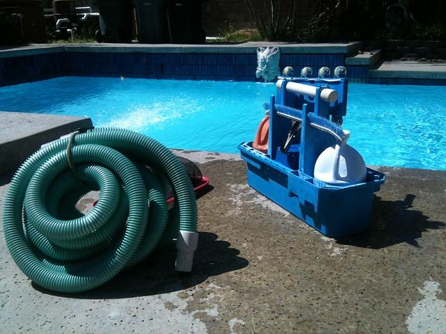 čištění vody bazénu