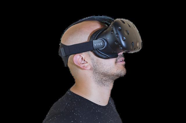 muž a virtuální brýle