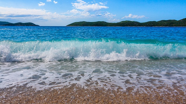 vlna moře